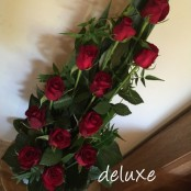Dozen roses luxury